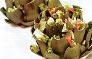 Alcachofra recheada com kani kama e brócolis
