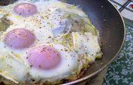 Açorda de Bacalhau com Ovos Estrelados
