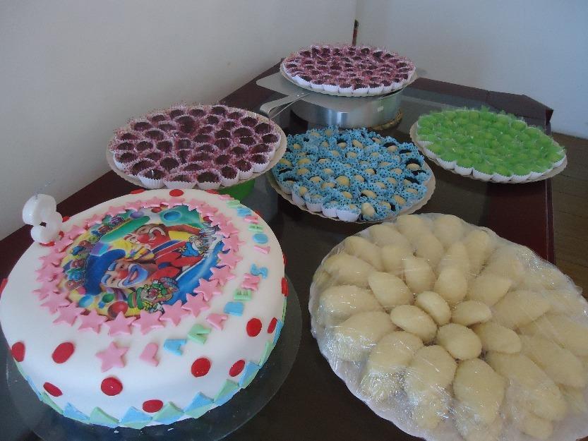 bolo com todos