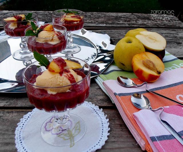 Compota de Frutos com Gelado