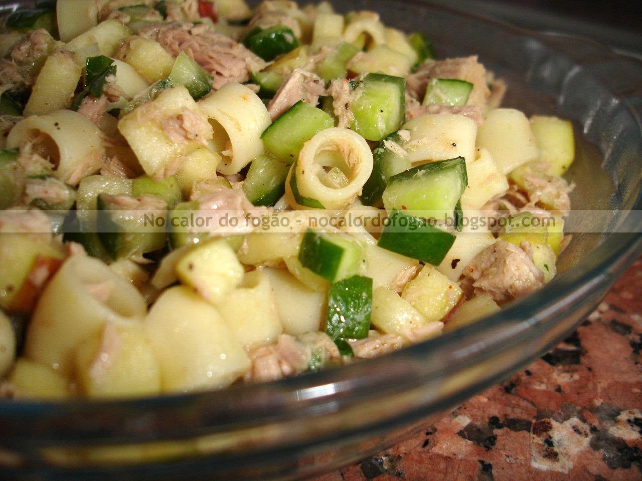 Salada de Atum com Macarrão