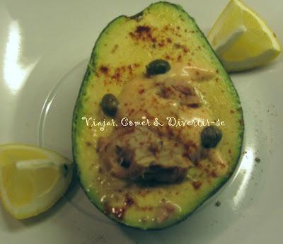 Abacate Recheado com Atum