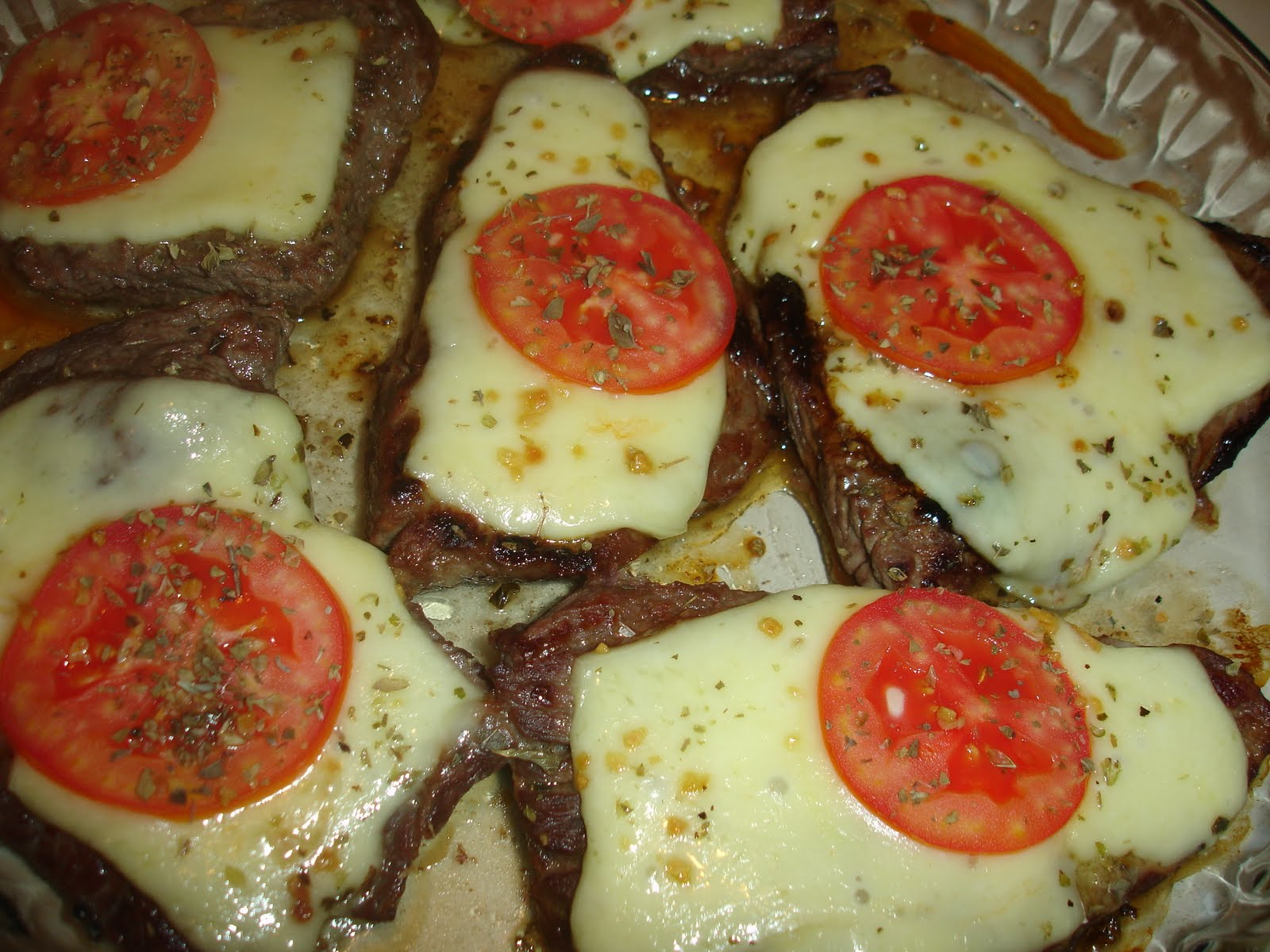 Bife a Pizzaiolo