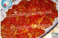 Bifes com molho de tomate (microondas)