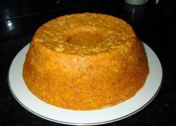 Torta de Leite condensado cozido e coco