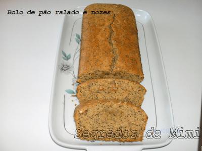Bolo de Pão com Nozes