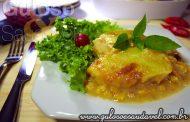 Frango gratinado aos queijos (microondas)