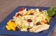 Salada Tropical com Ananás e Frango