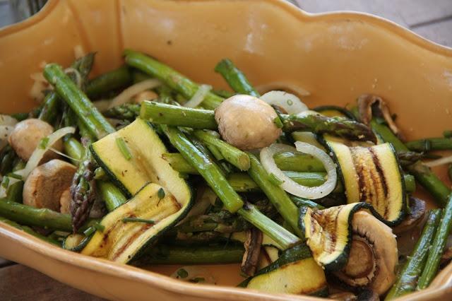 Salada de Espargos com Cogumelos