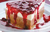 Torta de Requeijão com Fruta em Calda