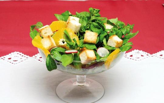 Salada de pão torrado