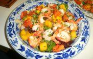 Salada de Camarão e Papaia