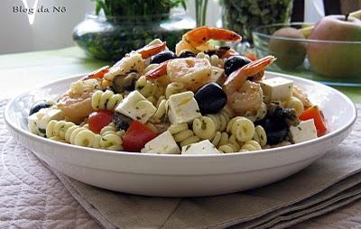 Salada de massa e kiwi