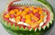 Salada de Frutas em Cesta de Melancia