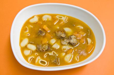 Sopa de Vitela com Sémola e Legumes