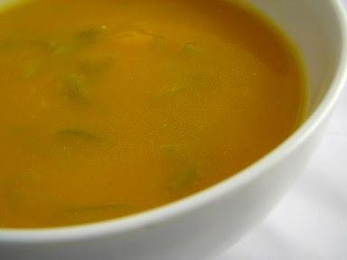 Sopa de feijão e cenoura