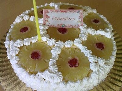 Torta de Ananás e Natas