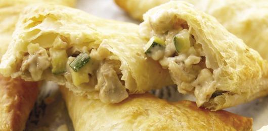 Folhados de frango com legumes