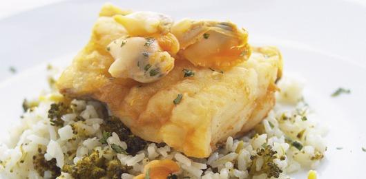 Lombo de bacalhau fresco com arroz de brócolos