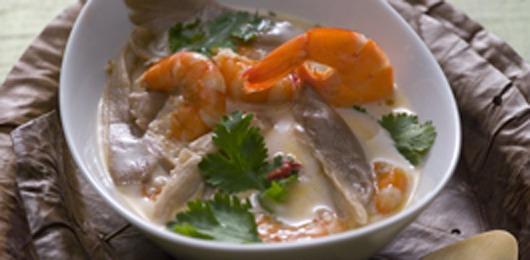 Camarão e peixe espada com maionese