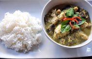 Frango ou camarão ao curry
