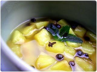 Ananás com Especiarias