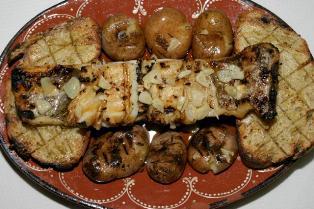 Bacalhau Assado com Pão de Centeio