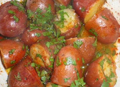 Batatas cozidas com salsa