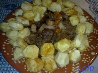 Carne de Vaca Guisada com Batatas