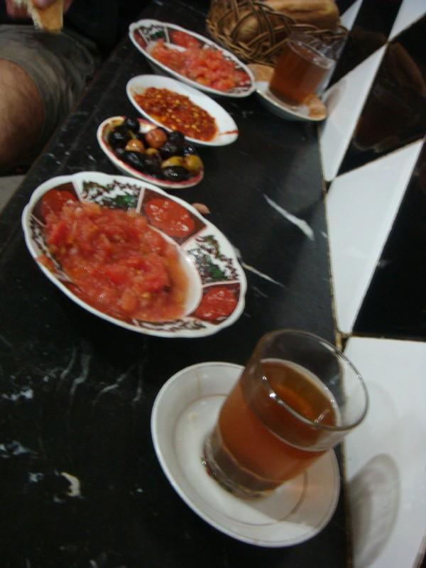 CARNEIRO COM AZEITONAS