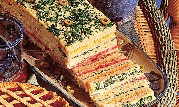 Sanduíche colorida