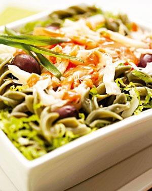 Salada de Bacalhau e Massa Fria