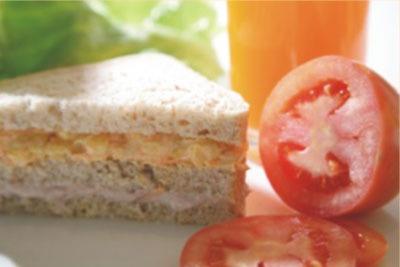 Pão integral com milho verde