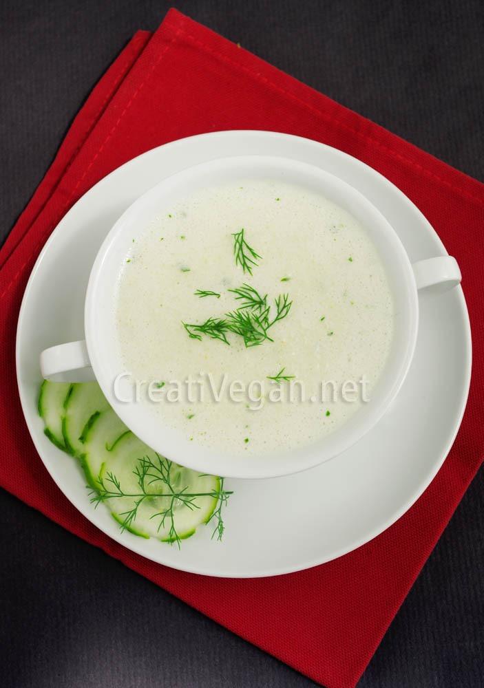Sopa Fria de Pepinos