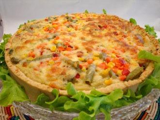 Torta de galinha com verduras