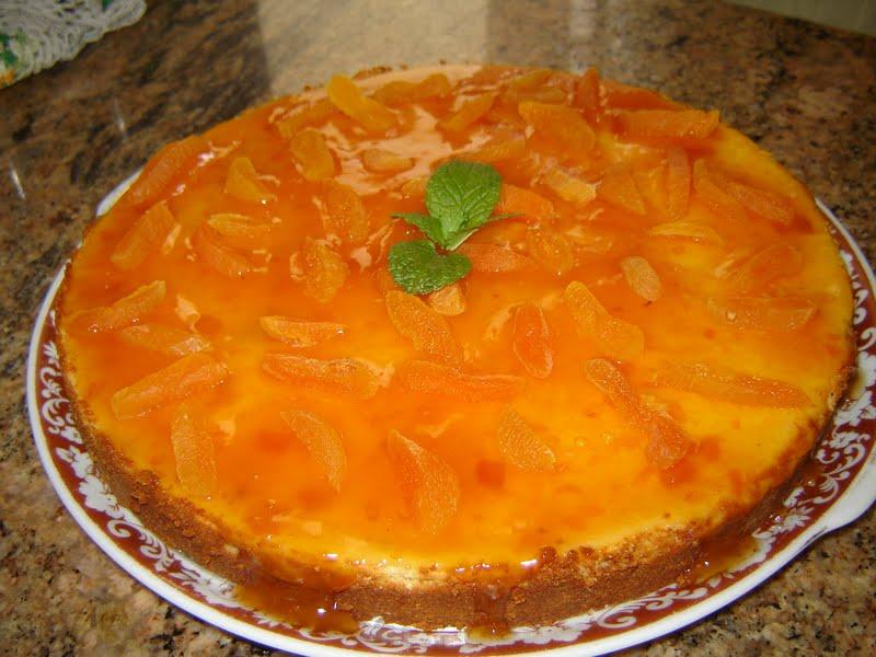 Torta de ricota com geléia de damasco
